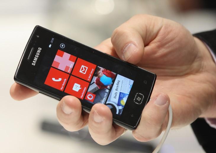 Samsung 'stringing' Microsoft along to hurt Windows Phone? Politely, no
