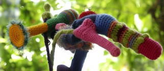 GERMANY-STREET-ART-URBAN-KNITTING-OFFBEAT
