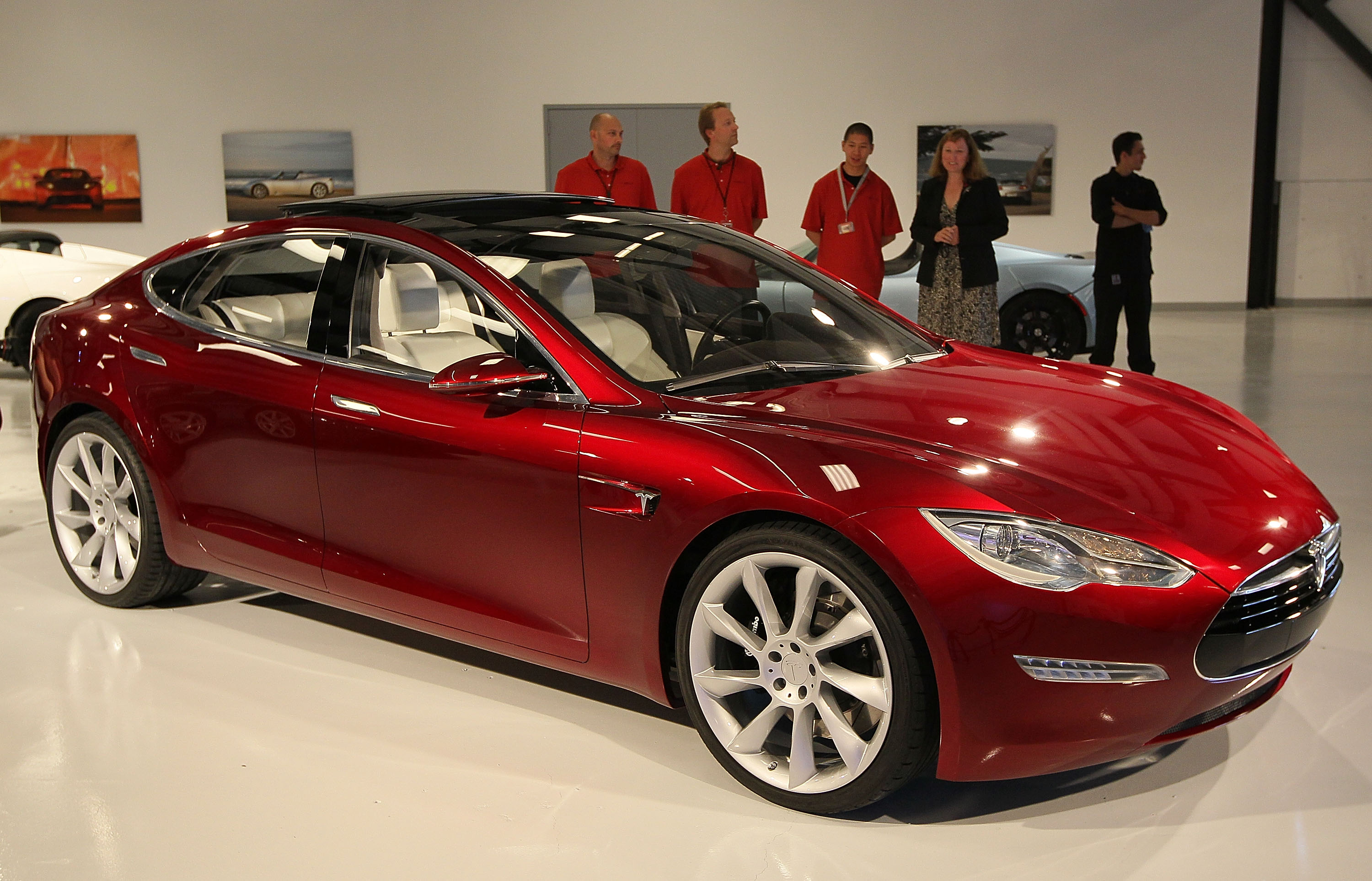 Tesla Says It 39 Ll Be Profitable In Q1 After Exceeding Model S Sales