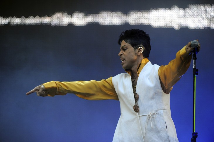 Sign o' the Times: Twitter gets a Vine copyright complaint from Prince's record label