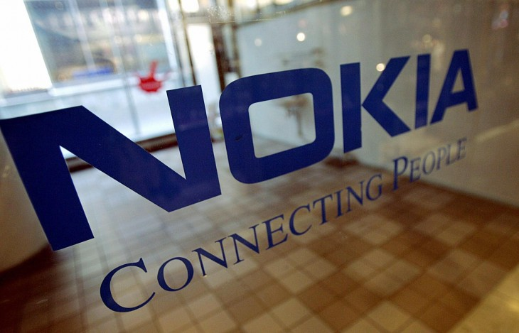 This is how you use Twitter: Nokia hits BlackBerry where it hurts