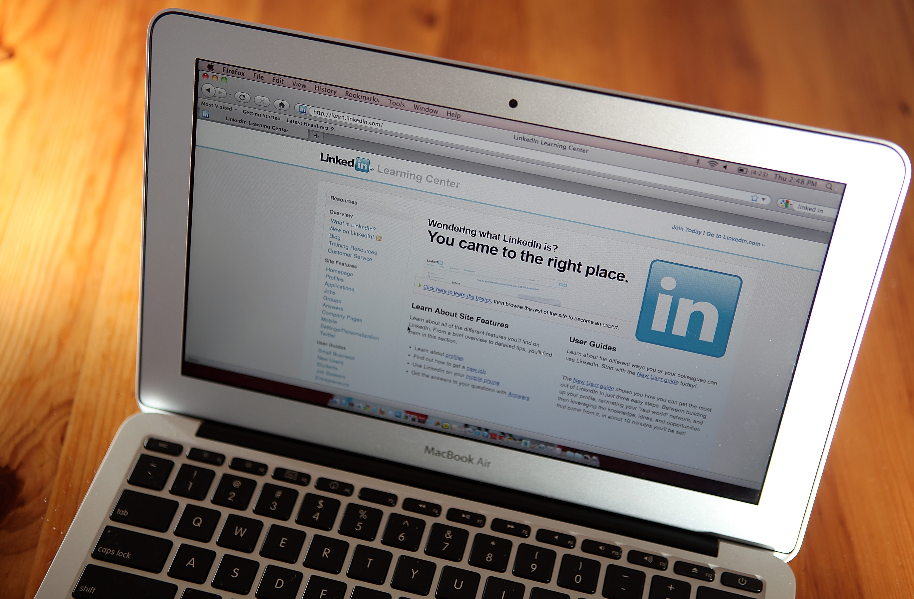 10 years of Linkedin homepage design boiled down to 11 slides