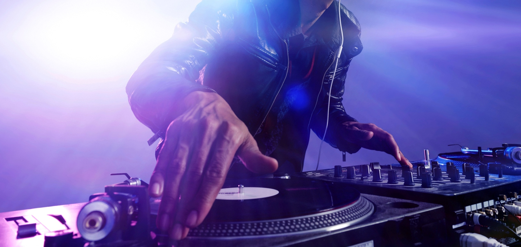 Traktor DJ Launches for iPhone