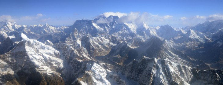 Microsoft scales Mount Everest, partnering with GlacierWorks to celebrate 60 years since first successful ...