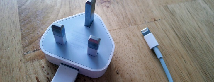 Researchers claim they've built a modified charger that can hack your iPhone 'within one minute' ...