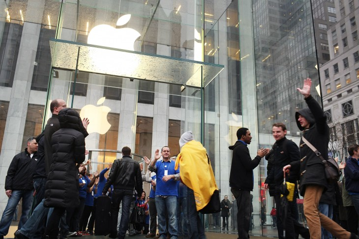 Apple Stores bring in $4.1B in Q3 2013 thanks to strong iPhone sales and successful Macbook Air launch ...