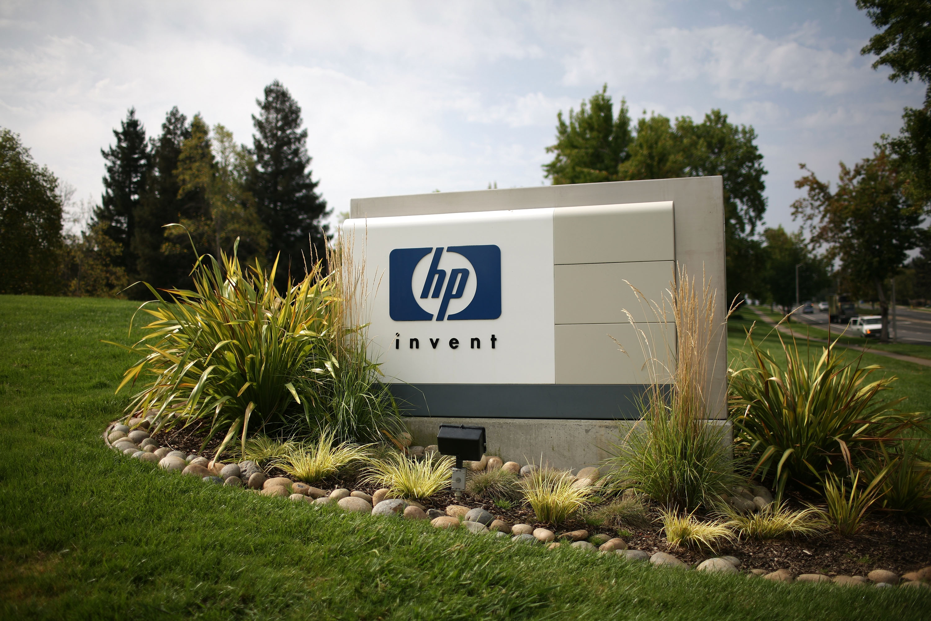 HP Exec Says Firm Is Developing a New Smartphone
