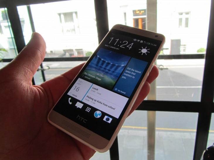 HTC_One_Mini_Blinkfeed
