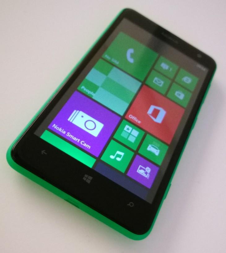 Lumia_625_front