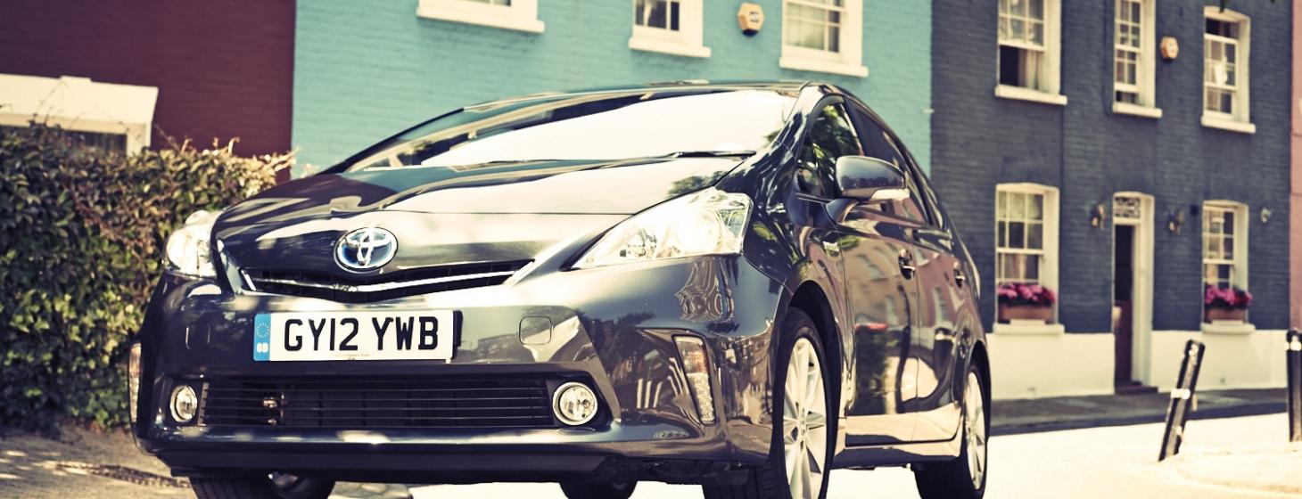 Uber's Taxi Service Arrives in Dubai