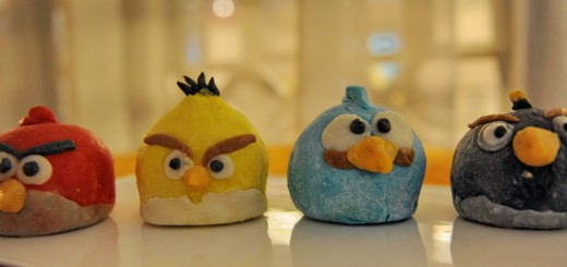 Angry Birds mooncakes based on the world