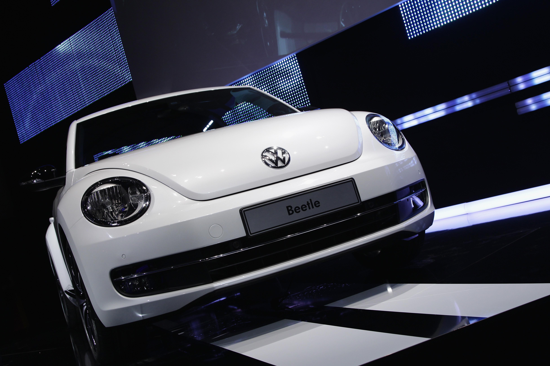 Volkswagen Presents New VW Beetle