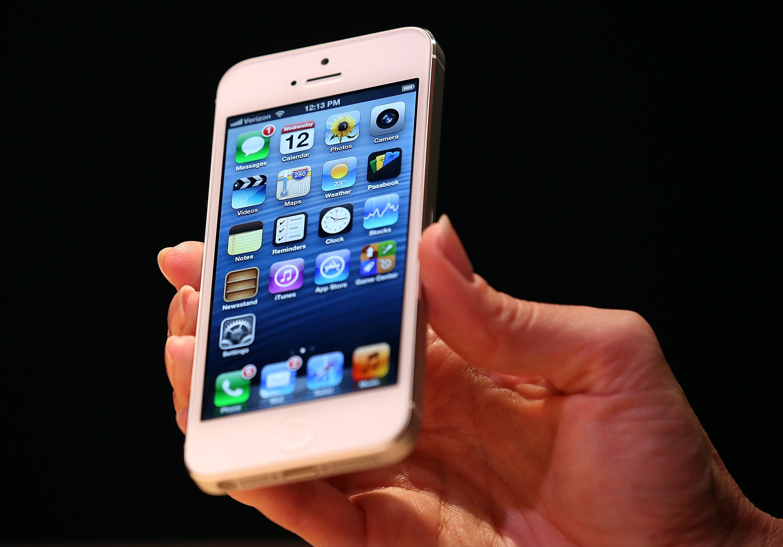 Apple Introduces iPhone 5