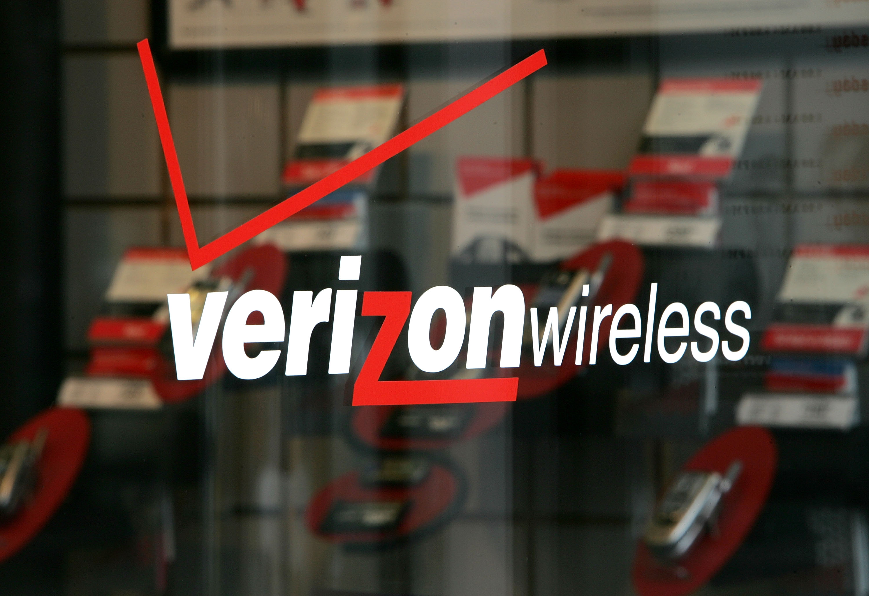 Vodafone Confirms Negotiations Over Its Share of Verizon Wireless