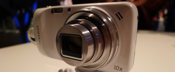 Samsung launches LTE version of its Galaxy S4 zoom compact camera, smartphone hybrid across Europe