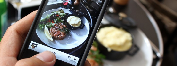 Jawbone's UP app for iOS now offers better food logging tools and a simple 'food score' ...