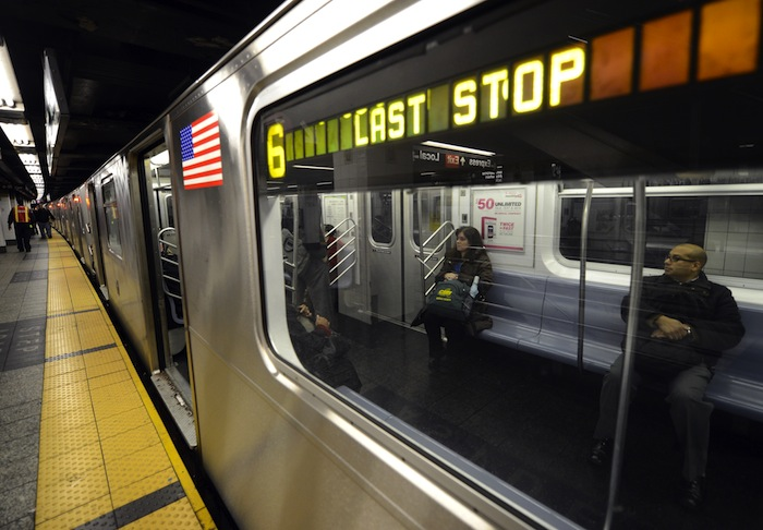 New York Subway Trains May Finally Get Wi Fi And Cellphone Service