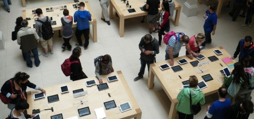 Apple Store 520x245 10 ways that iPads are transforming retail