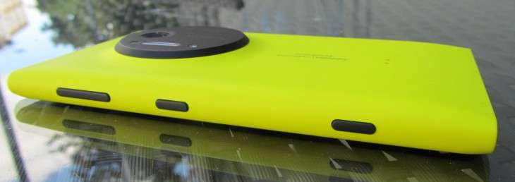 Nokia Lumia 1020 review: The best camera phone, but not the best smartphone