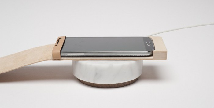 Orée Introduces Marble Wireless Charging Pebble and Wooden Touch Pad