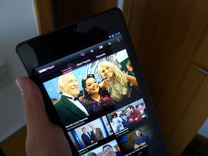 BBC iPlayer Android app now lets you download TV shows for offline playback