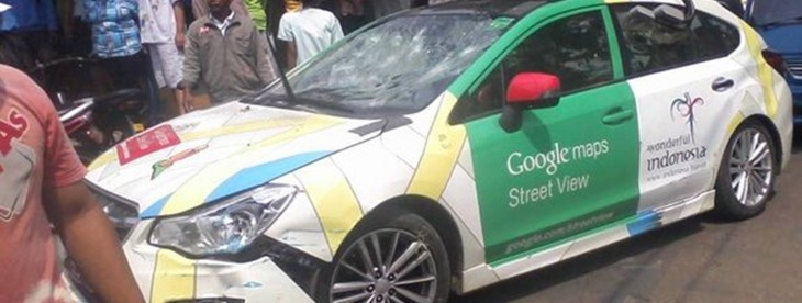 Google Street View car crashes into TWO minivans and a parked vehicle – driver runs off [Photos] ...