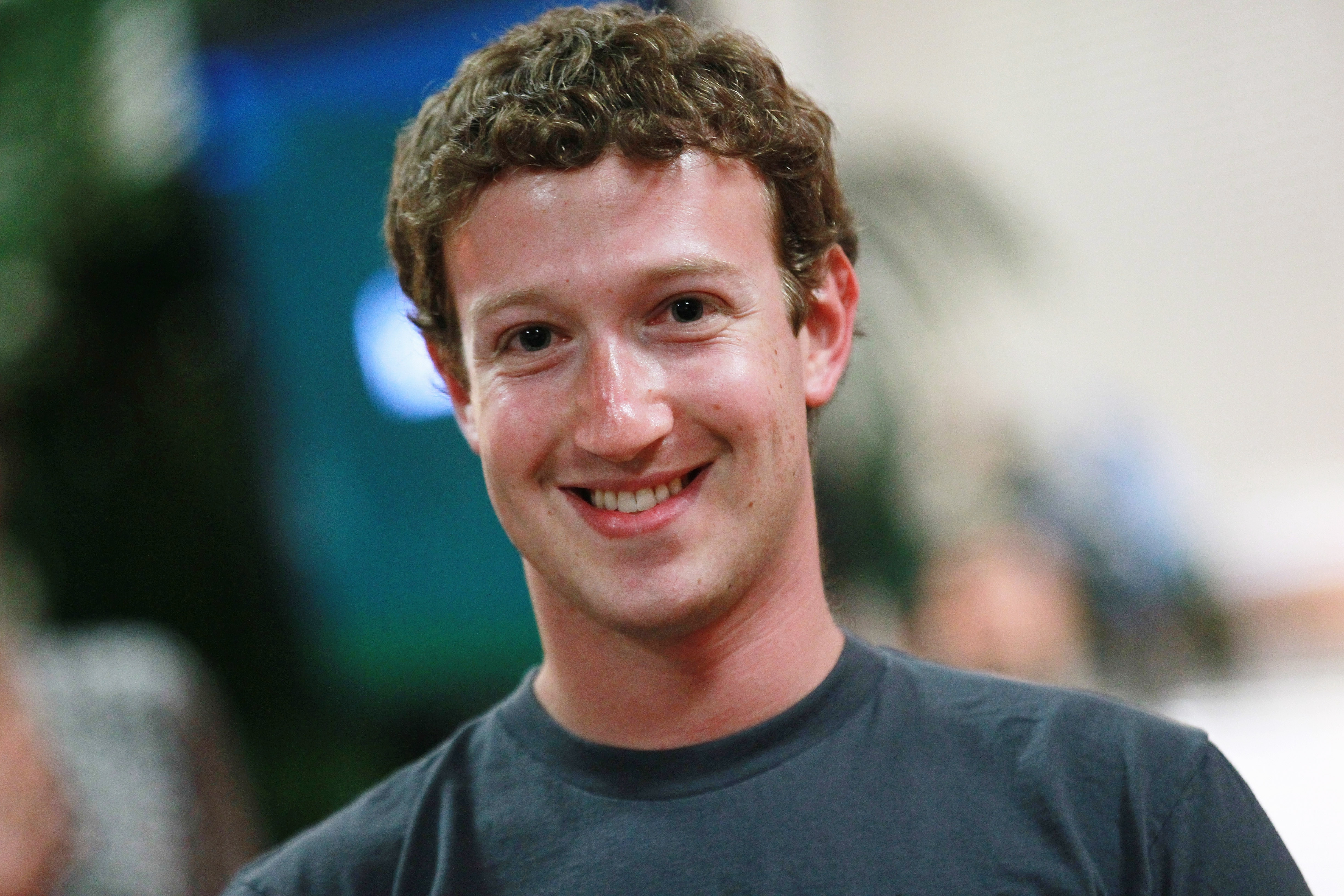 Facebook's Zuckerberg Wanted To Acquire Snapchat In $1B+ Deal