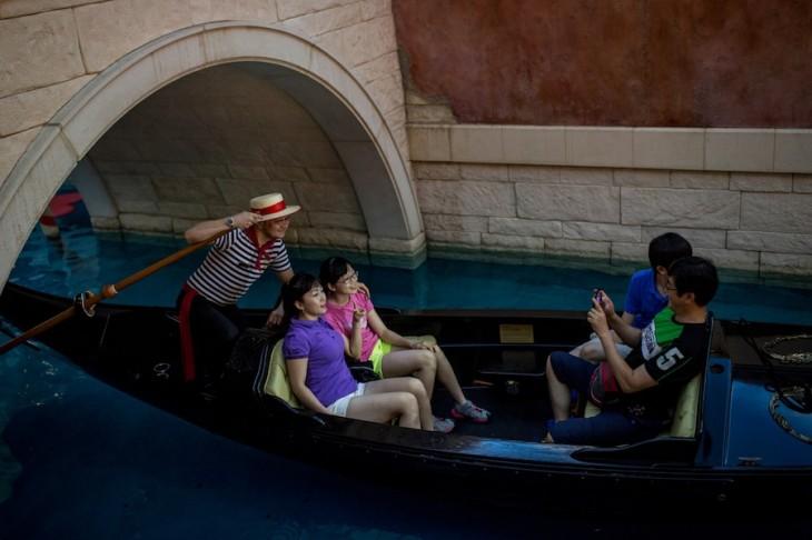 Macau's Booming Gaming Industry
