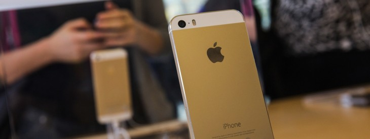 Report: Apple overtakes Samsung to become top smartphone seller in the US in September