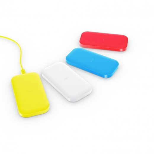 700 nokia lumia 1520 nokia dc 50 wireless charging group shot 520x520 Nokias DC 50 is a portable wireless charging plate for Lumia devices coming in Q4 for $99