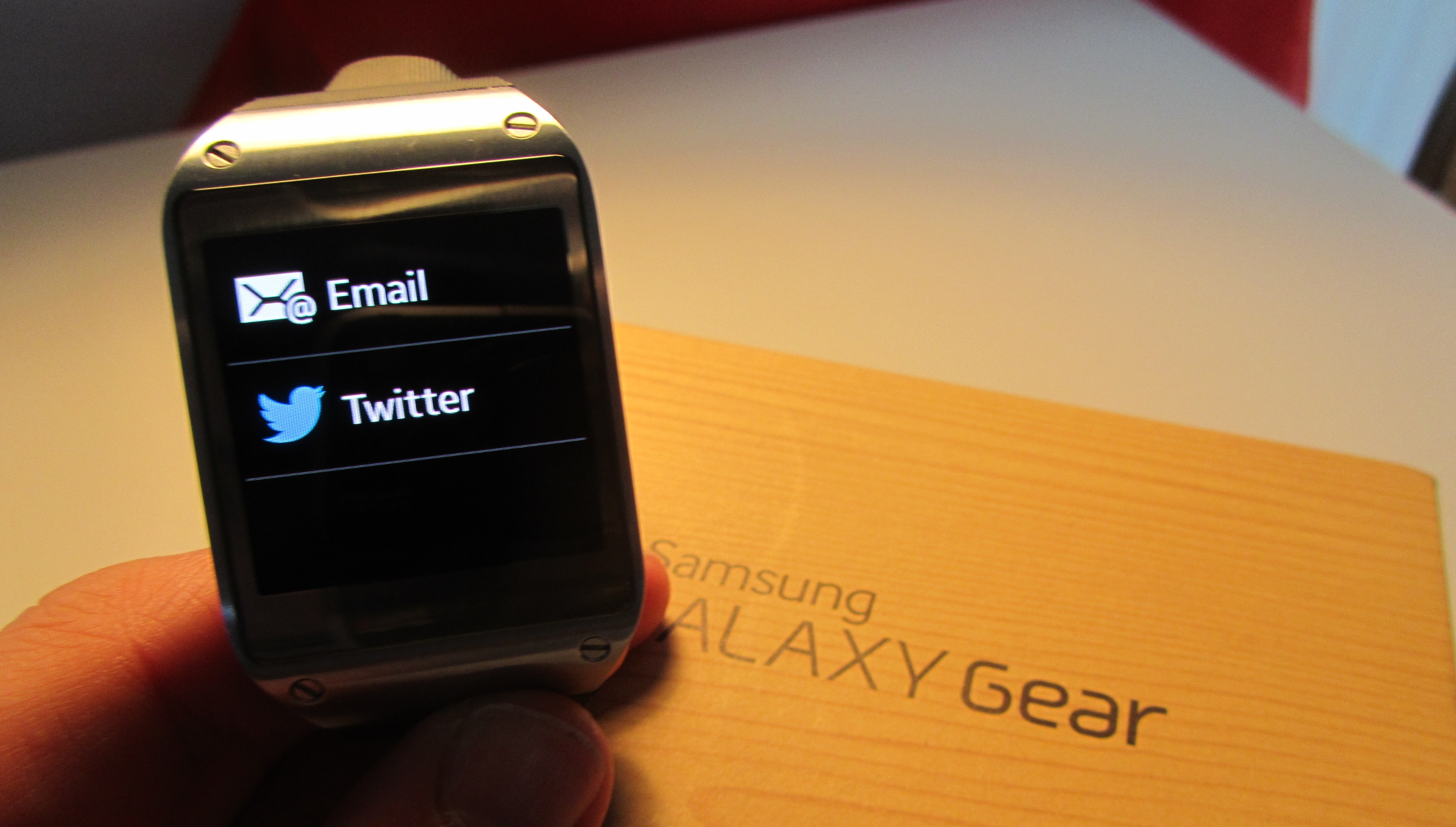 Samsung Galaxy Gear Review: a $299 Smartwatch That Can't ...