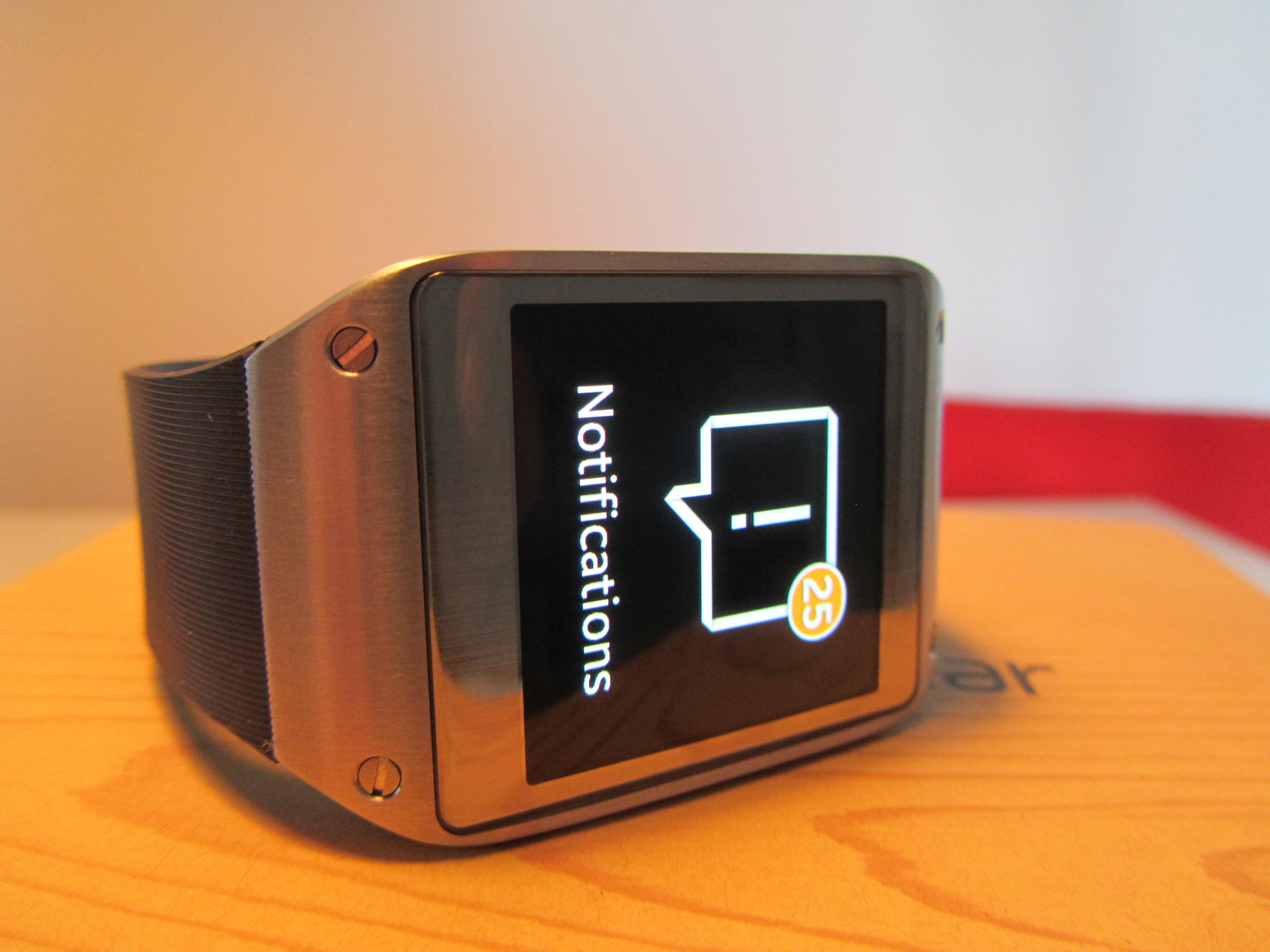Samsung Galaxy Gear Review: a $299 Smartwatch That Can't Send an