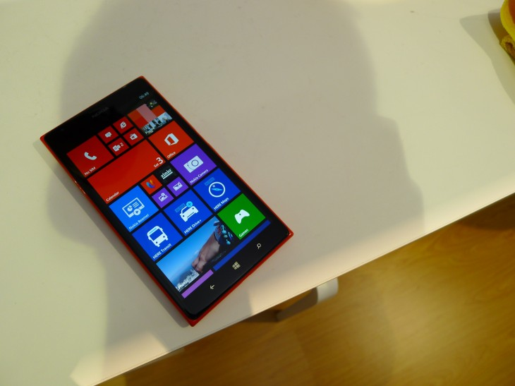 Nokia Lumia 1520 hands-on: This colossal 6″, 1080p quad-core smartphone is sizing up the Galaxy ...