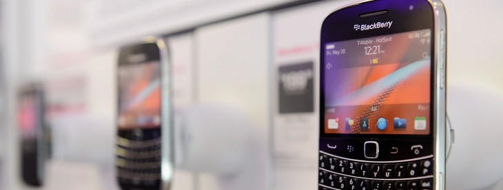 Facebook for BlackBerry 10 gets inline tagging, option to delete Timeline posts, offline viewing, and ...