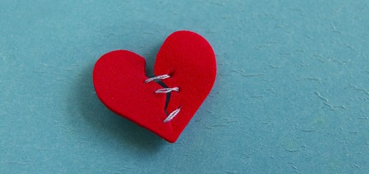 broken heart 520x245 The customer isn't always right: Why standing up for your employees is good for business