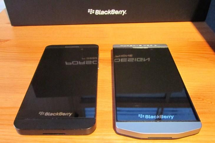 BlackBerry_P9982_comparison