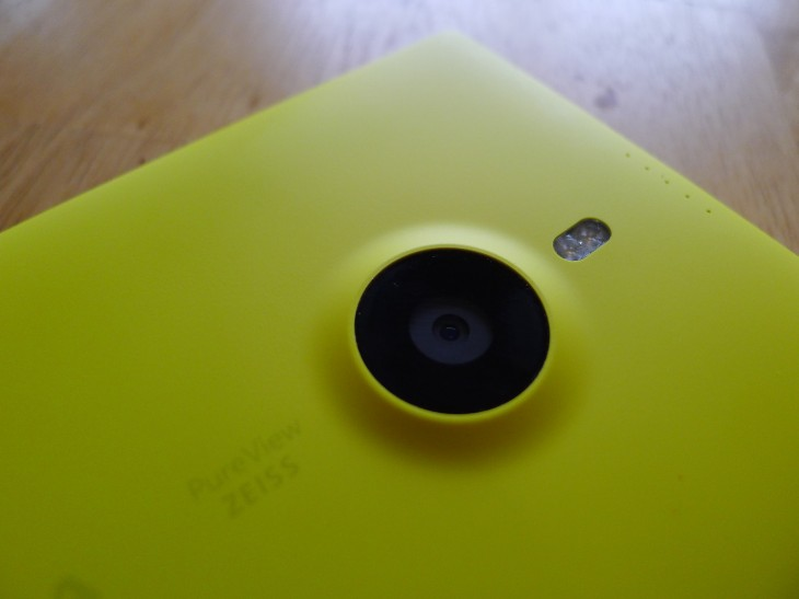 Lumia5 730x547 Nokia Lumia 1520: This enormous smartphone offers the best all round Windows Phone 8 experience