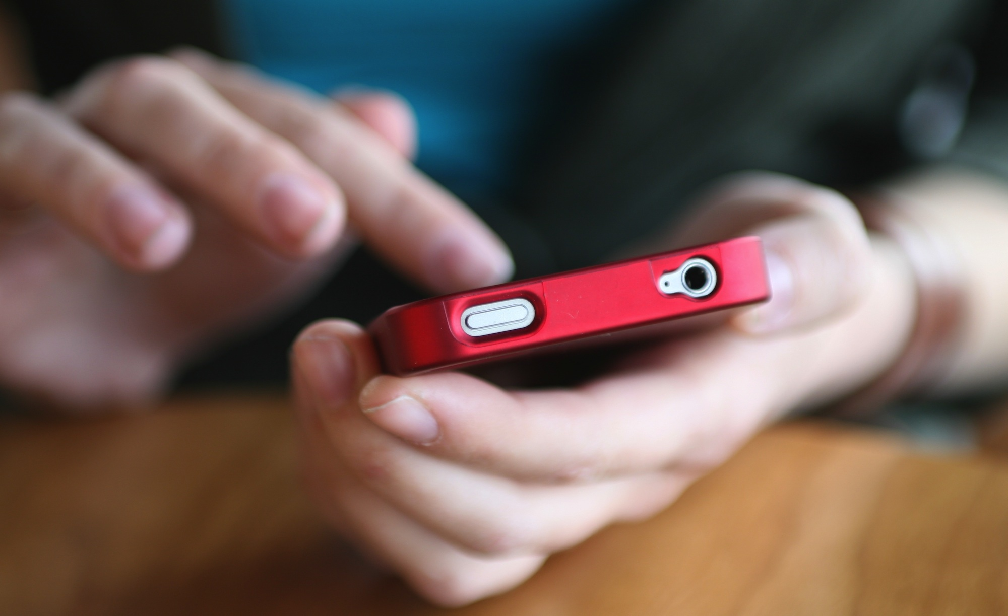 Why Old-School SMS is Still a Powerful Mobile Marketing Tool
