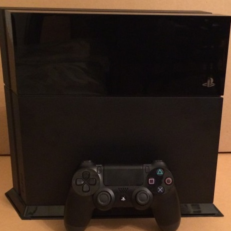 ps4 Sony sold 2.1 million PlayStation 4 consoles in the first two weeks after launch