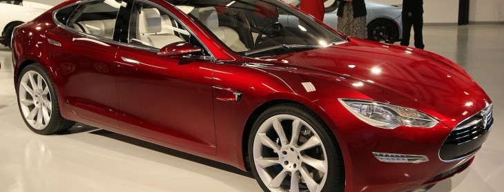 Tesla inks deal to build a network of charging stations for its electric cars across China