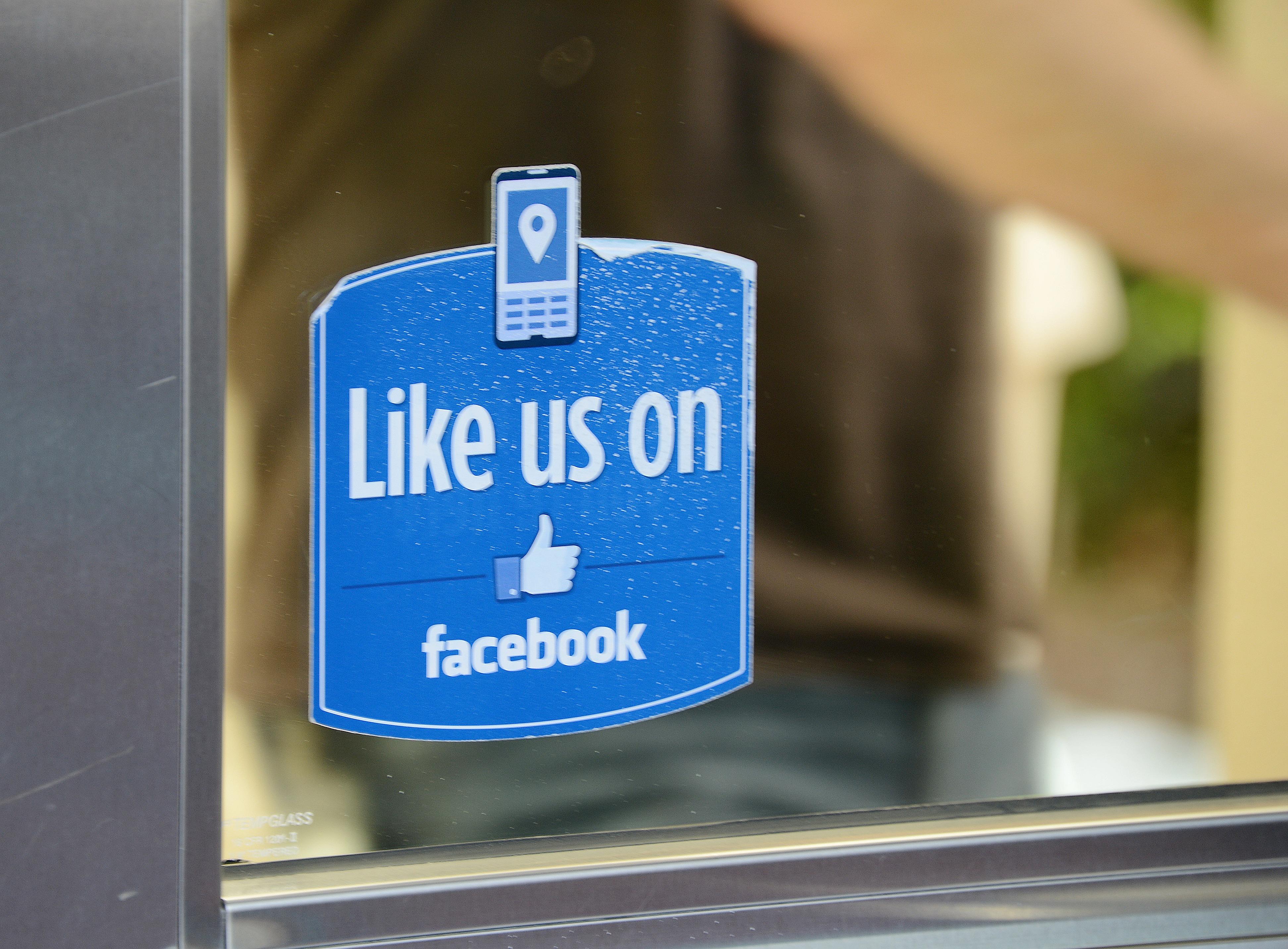 6 Random Social Media Tips to Help You Improve Your Marketing Today