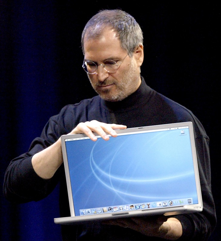20 powerbook aluminum 730x797 30 years in 33 photos: A visual history of the Apple Mac