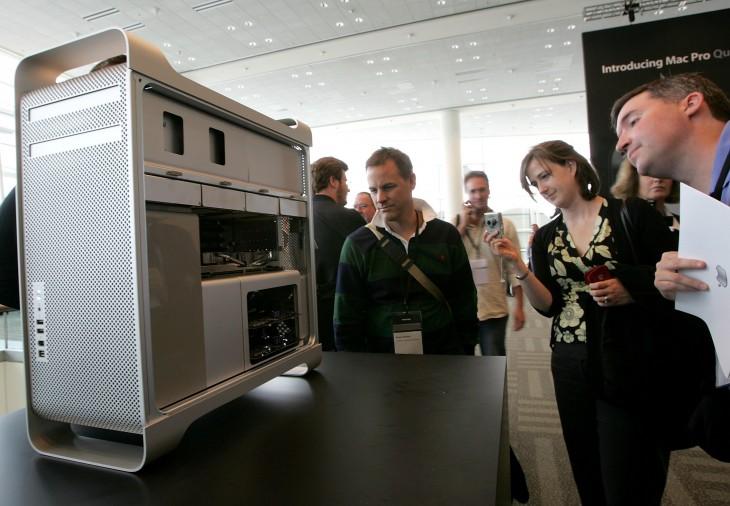 Steve Jobs Opens Apple's Worldwide Developers Conference