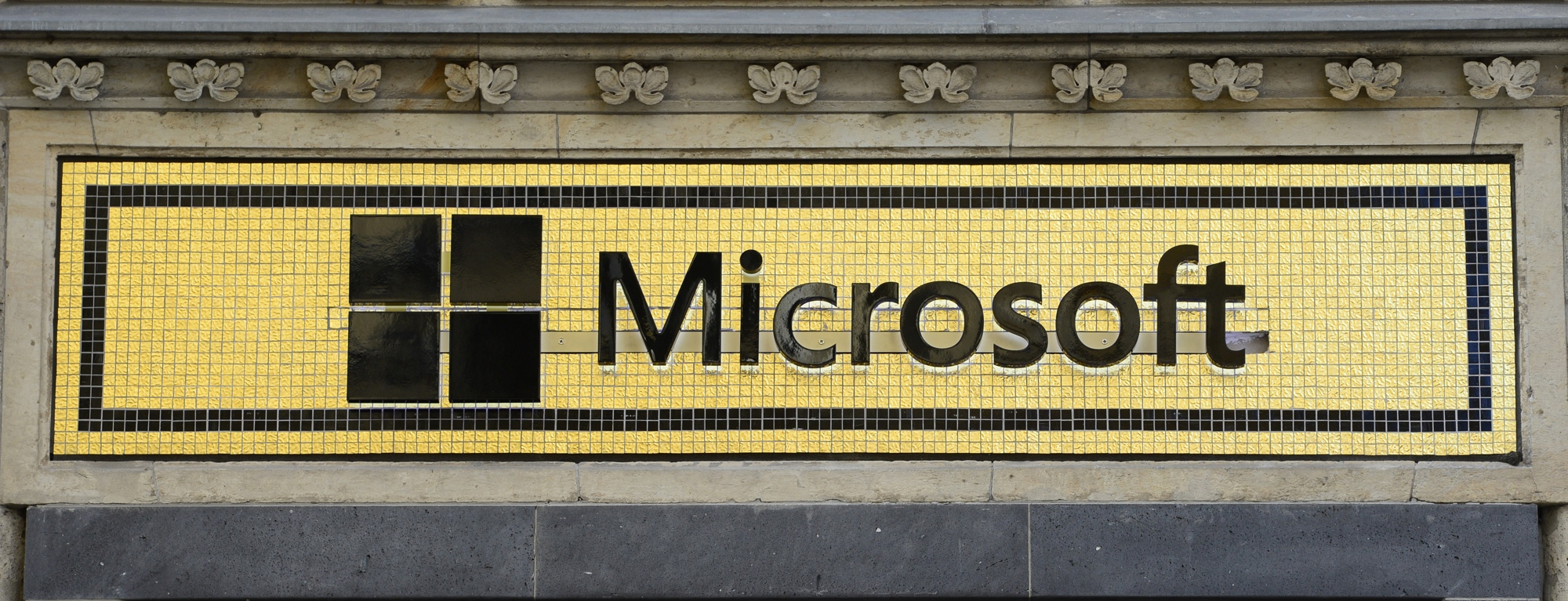 Microsoft signs deal to license Foursquare's location data as it invests $15 million in the company