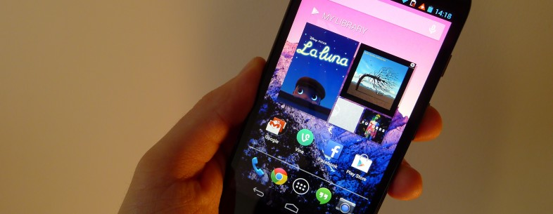 Android 4.4.2 KitKat begins rolling out to Moto G handsets in the UK