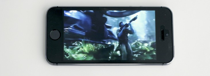 EyeFly3D brings glasses-free 3D to your iPhone, iPad and Nexus 7, if you're into that sort of thing ...