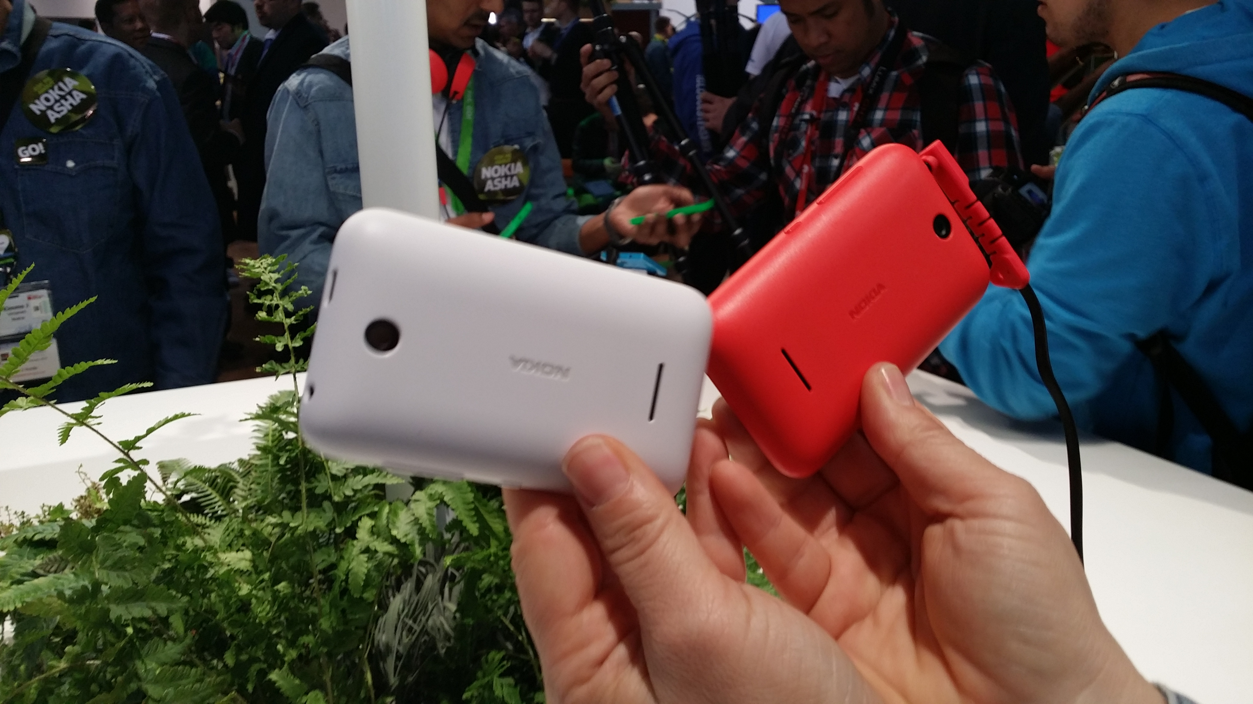 Nokia Launches Two New Asha Handsets