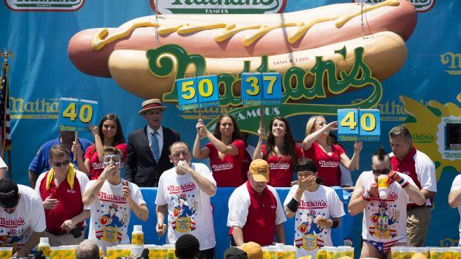 Hot Dog Contest_Higg (1)