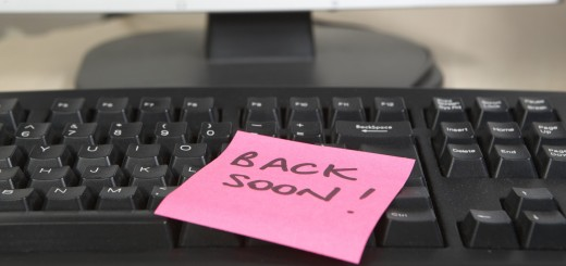 be back soon post it 520x245 Why people unsubscribe from mailing lists (and how to win them back)