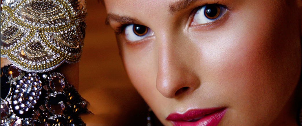 Put your best face forward with PortraitPro's airbrushing app for Mac and Windows